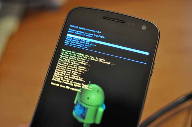 how-to-keep-android-data-safe-from-hackers (2)